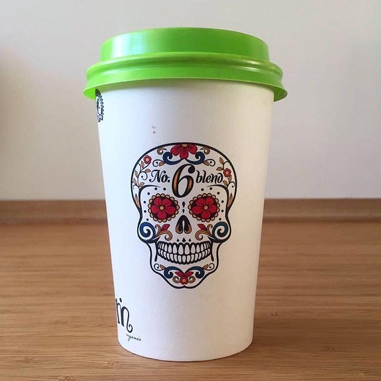 skull print paper coffee cup